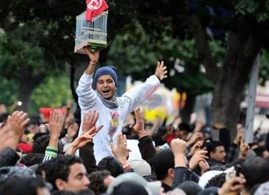 9 سنوات على نجاح ثورة تونس.. بين إنجازات وتحديات مستمرة