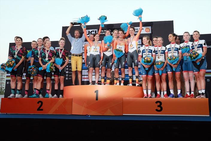 هولندا تفوز ببطولة العالم للدراجات الهوائية بقطر - 06- هولندا تفوز ببطولة العالم للدراجات الهوائية ب