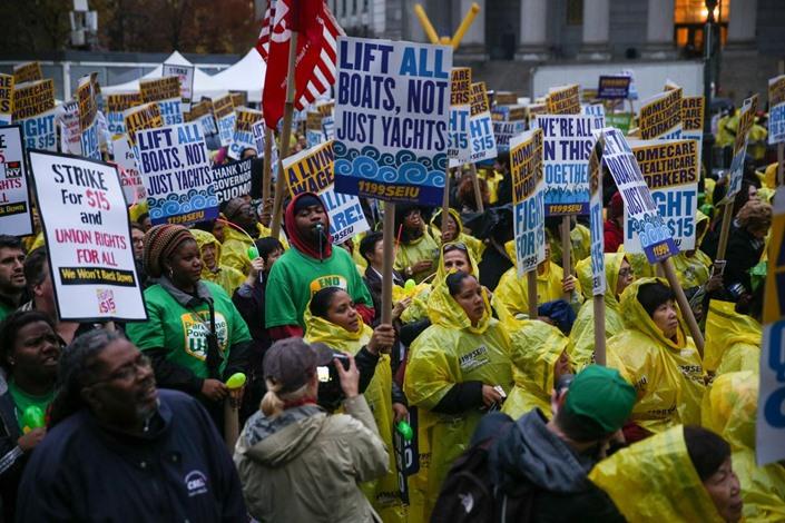 مظاهرات في أمريكا تطالب برفع أجور العمال - 03- مظاهرات في أمريكا تطالب برفع أجور العمال - الاناضول