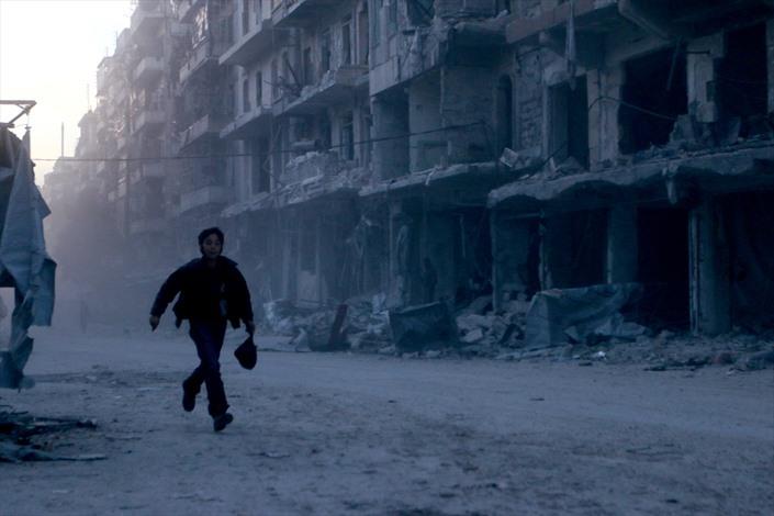 قصف للنظام السوري بـالعنقودي على حلب - 02- قصف للنظام السوري بـالعنقودي على حلب - الاناضول