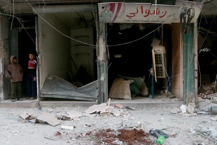 قصف للنظام السوري بـالعنقودي على حلب - 07- قصف للنظام السوري بـالعنقودي على حلب - الاناضول