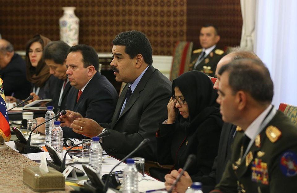 فنزويلا وايران يبحثان أزمة سعر النفط - 06- فنزويلا وايران يبحثان أزمة سعر النفط - الاناضول