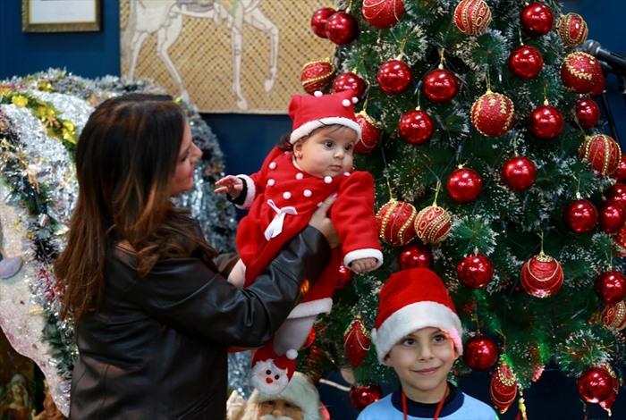 المسيحيون الأرثوذكس بغزة يحتفلون بعيد الميلاد - 02- المسيحيون الأرثوذكس بغزة يحتفلون بعيد الميلاد -
