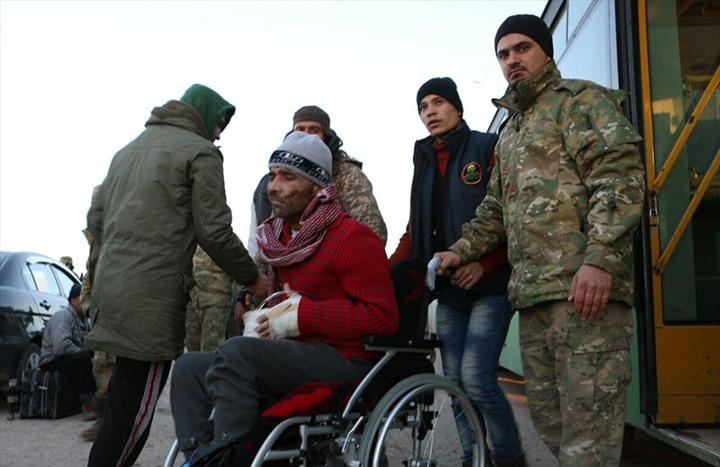 مغادرو حلب.. فرحة النجاة.. ومرارة المغادرة - 02- مغادرو حلب.. فرحة النجاة.. ومرارة المغادرة - الاناض
