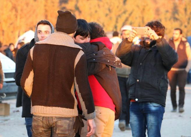 مغادرو حلب.. فرحة النجاة.. ومرارة المغادرة - 04- مغادرو حلب.. فرحة النجاة.. ومرارة المغادرة - الاناض