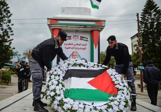 عرض عسكريا بذكرى الحرب الاسرائيلية الاولى على غزة - 02- عرض عسكريا بذكرى الحرب الاسرائيلية الاولى عل