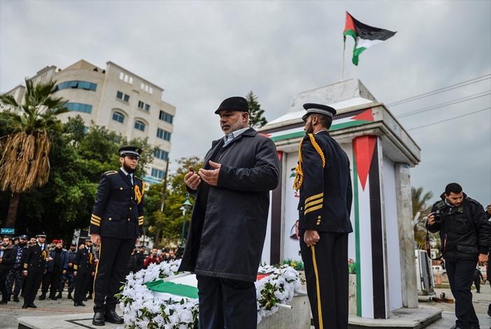 عرض عسكريا بذكرى الحرب الاسرائيلية الاولى على غزة - 04- عرض عسكريا بذكرى الحرب الاسرائيلية الاولى عل