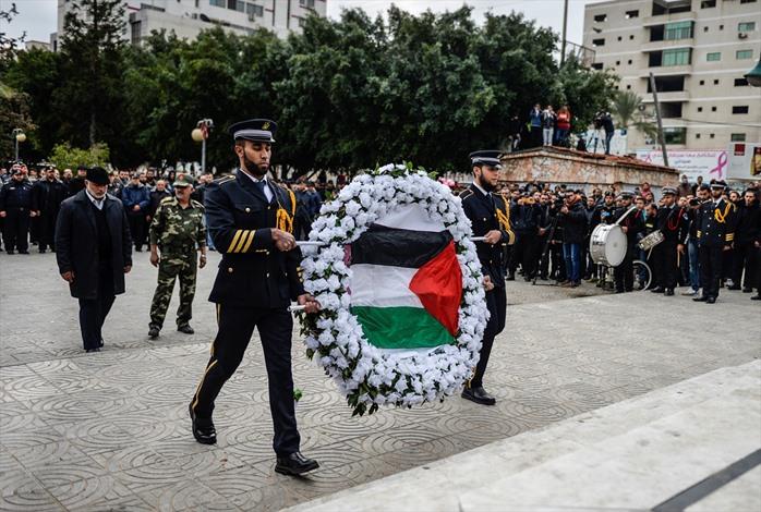 عرض عسكريا بذكرى الحرب الاسرائيلية الاولى على غزة - 05- عرض عسكريا بذكرى الحرب الاسرائيلية الاولى عل
