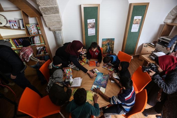 افتتاح مقام الخضر الأثري بغزة - 06- افتتاح مقام الخضر الأثري بغزة - الاناضول