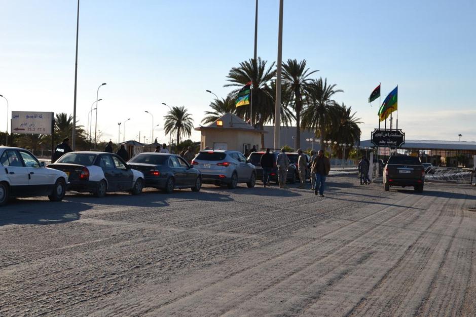 استئناف تصدير السلع الليبية لتونس - 07- استئناف تصدير السلع الليبية لتونس - الاناضول