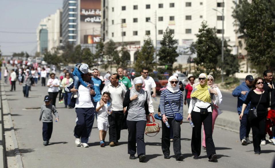 تظاهرة طبية توعوية في الأردن حول سرطان الثدي - aa_picture_20140307_1751479_web