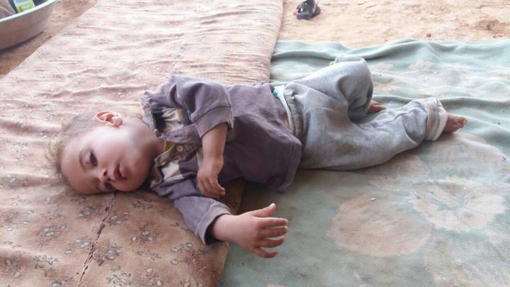 معاناة لاجئين بمخيم الرقبان في الأردن بسبب ارتفاع درجات الحرارة - 04- معاناة لاجئين بمخيم الرقبان في