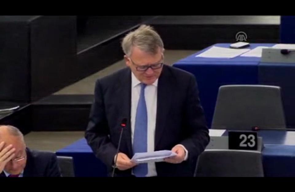 """البرلمان الأوروبي يدعو إلى """"إستراتيجية مشتركة"""" مع موسكو تجاه سوريا"""