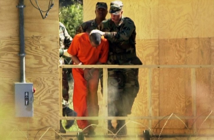نقل ثلاثة من معتقلي غوانتانامو للإمارات ورابع للسعودية
