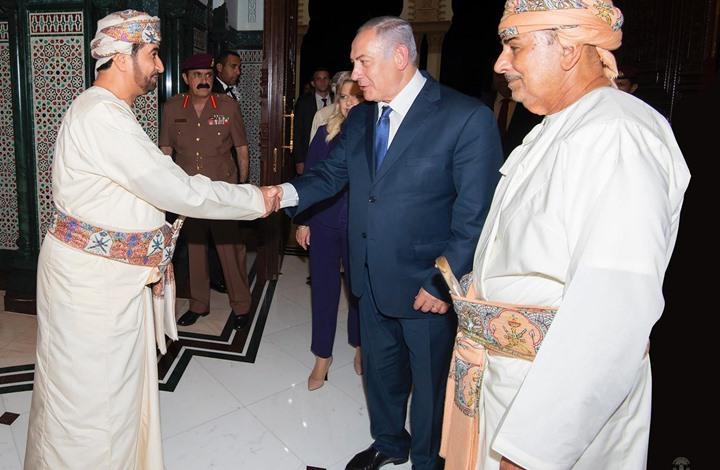 """مسؤول إسرائيلي: نقاشات مذهلة حتى الفجر تمت مع """"قابوس"""""""