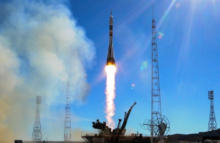 إطلاق قمر صناعي لأغراض عسكرية إماراتية