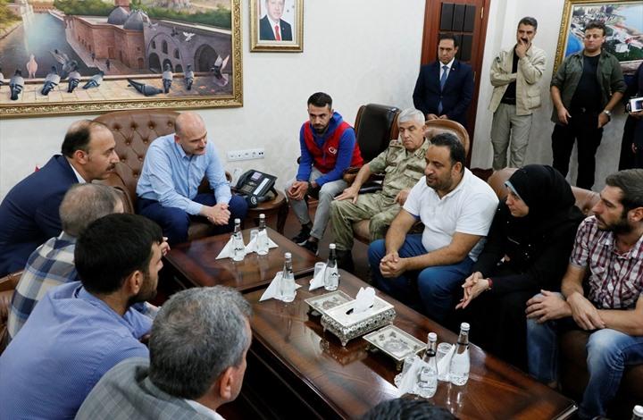 """أردوغان يعزي أسرة رضيع سوري قتل بقصف """"قسد"""" (شاهد)"""