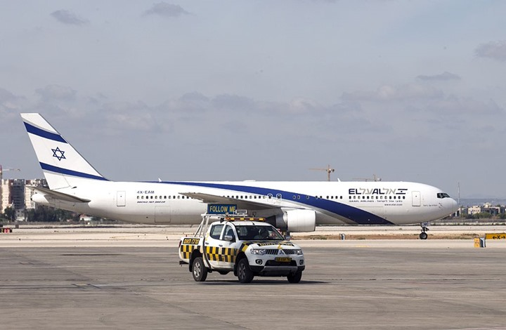 تخبط حركة الطيران في أجواء الاحتلال إثر استهداف مطار رامون