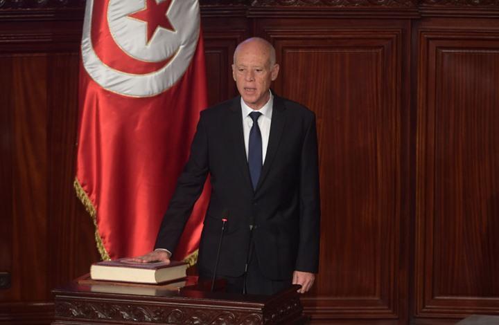نشطاء يتساءلون: أين تعليق رئيس تونس على تطبيع الإمارات؟