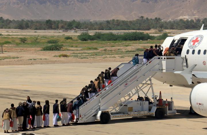 """""""الحوثي"""" تبدي استعدادها لتبادل شامل للأسرى مع حكومة اليمن"""