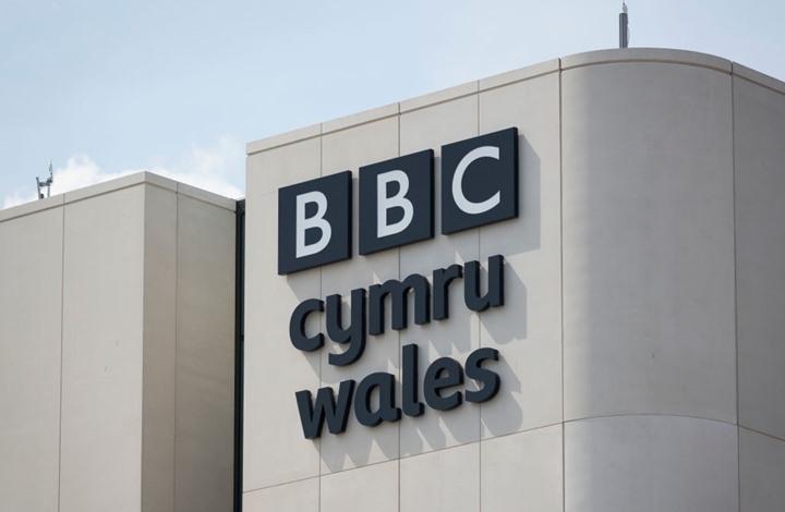 """BBC ستفصل صحفييها إذا خالفوا """"الحياد"""" على مواقع التواصل"""