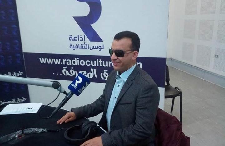 رئيس الحكومة التونسية يقيل وزير الثقافة بسبب كورونا