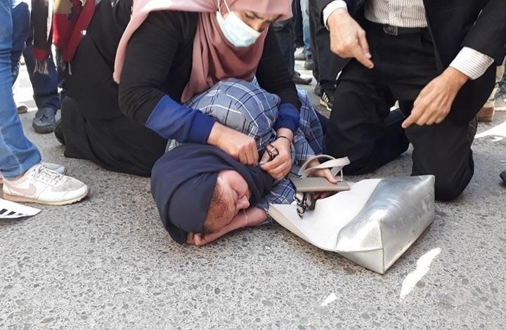 عشرات الآلاف يتظاهرون ضد سعيّد بتونس.. والأمن يقمعها