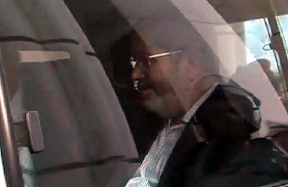 """مرسي يطلب لقاء محاميه للتباحث حول قضية """"التخابر مع قطر"""""""