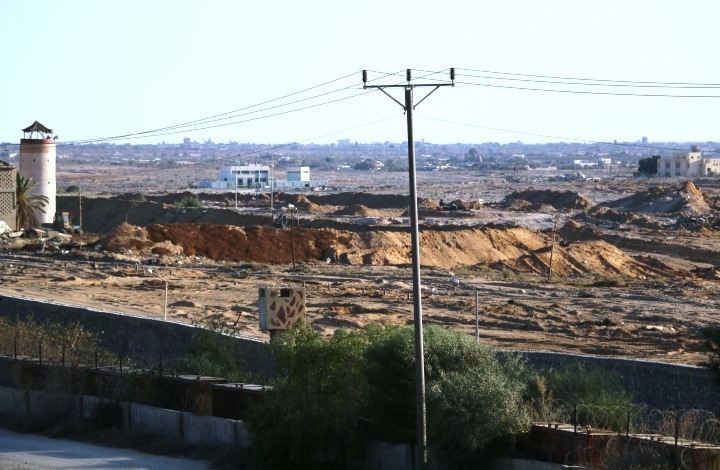 وفاة فلسطينيين في نفق استهدفه الجيش المصري برفح