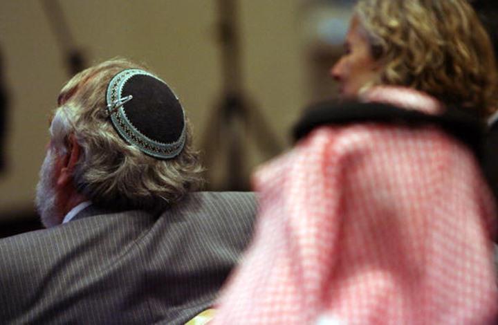 هكذا ردّت يهودية يمنية على سعودي مطبع مع إسرائيل (شاهد)