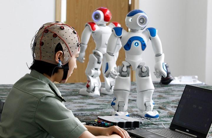 بروفيسور يتنبأ بفريق كروي من الروبوت مستقبلا (فيديو)