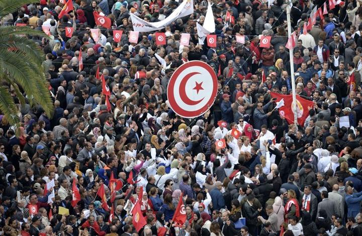 سفير إسرائيلي يتوقع انتشار فوضى أمنية في تونس