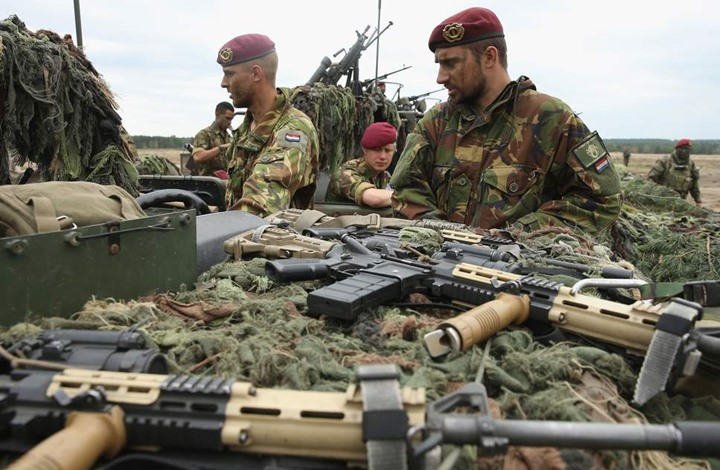 هولندا توسع حظر تصدير السلاح للسعودية ليشمل الإمارات ومصر