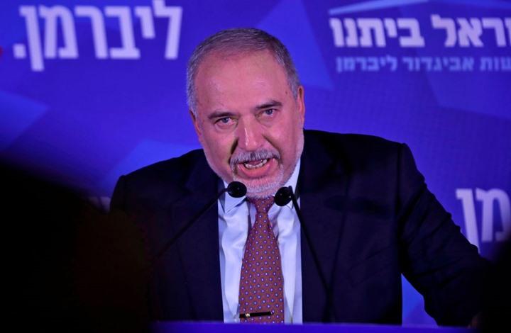 ليبرمان يخرق الرقابة العسكرية: حماس تمتلك قنابل عنقودية