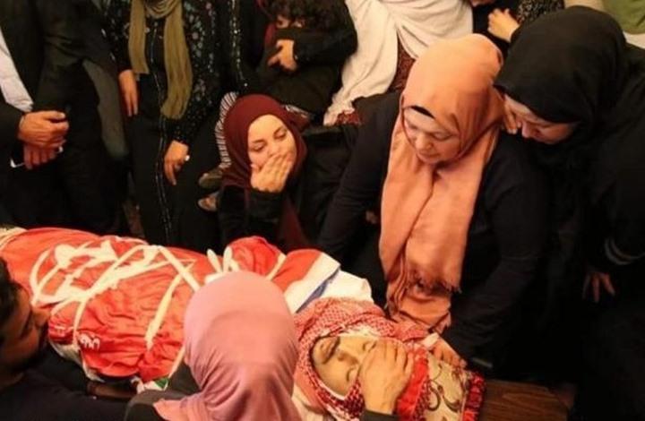 مواجهات بالعرّوب وحرق آلية للاحتلال عقب تشييع شهيد (شاهد)