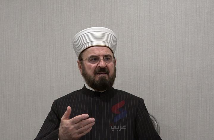 """القره داغي لـ عربي21: قدمت لتركيا مقترح """"عملة بديلة"""" (فيديو)"""