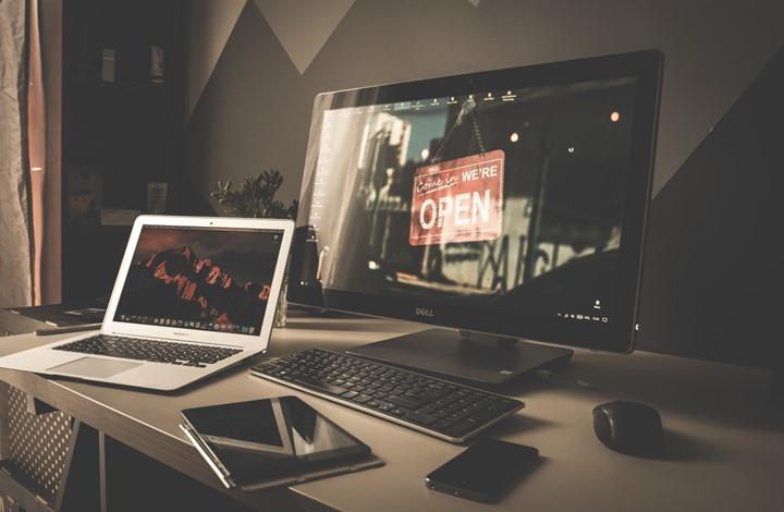 """إصلاح """"مشكلة فنية"""" عطلت مواقع إنترنت حول العالم"""