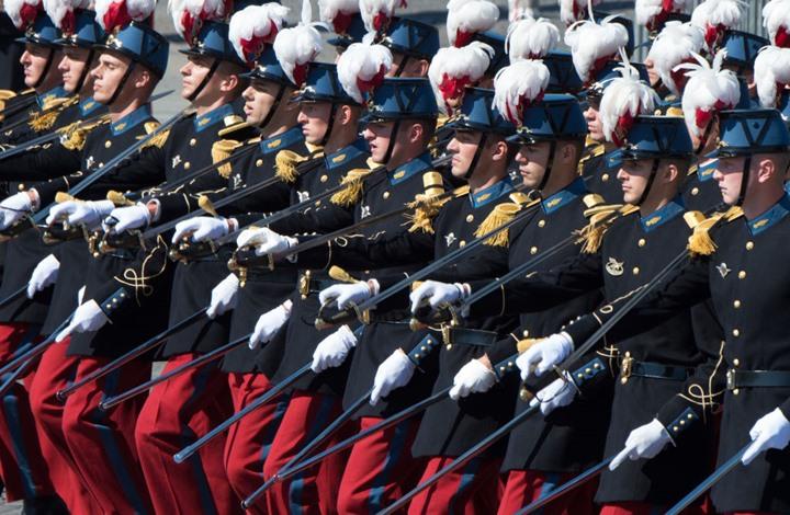 حشد متزايد بقيادة فرنسية.. هل تشكل أوروبا جيشا موحدا؟