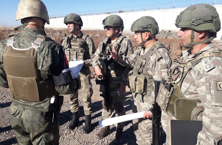 كاتب تركي: هل خدعت موسكو أنقرة باتفاق سوتشي شمال سوريا؟