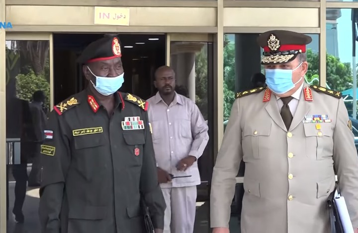 مباحثات عسكرية بين السودان ومصر في الخرطوم (شاهد)