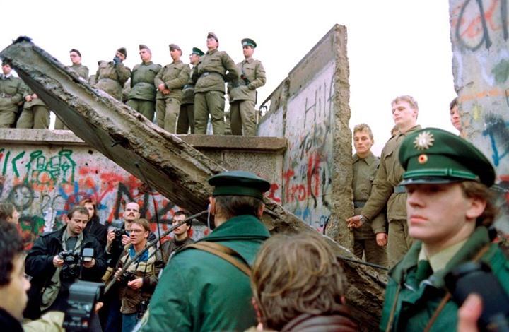 31 عاما على سقوط جدار برلين (إنفوغراف)