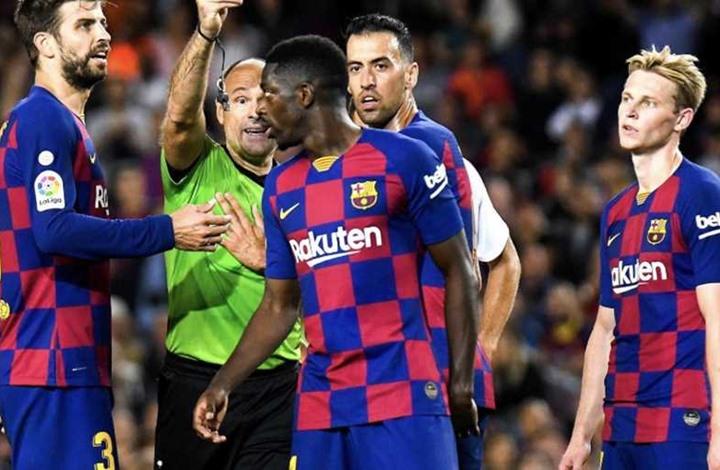 بعد بيكيه.. نجم آخر يغيب عن برشلونة بسبب الإصابة