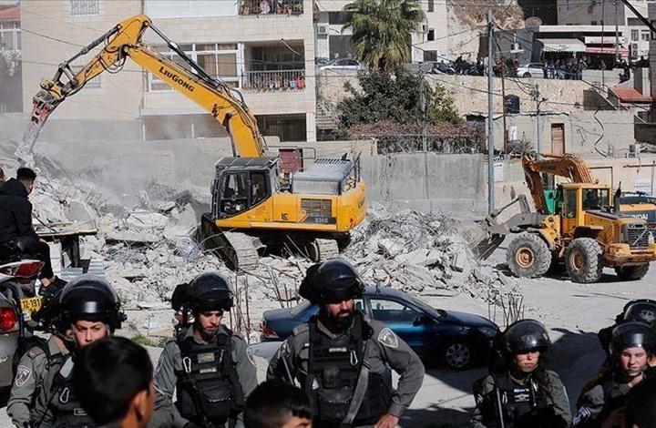 الاحتلال يهدم درجا تاريخيا يوصل للمسجد الأقصى