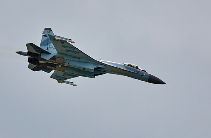 روسيا تعلن مقتل نحو 200 مسلح بضربات جوية وسط سوريا
