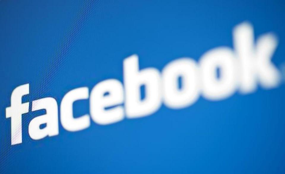 """""""فيسبوك"""" ترفق علامات تحذير بأشرطة الفيديو"""