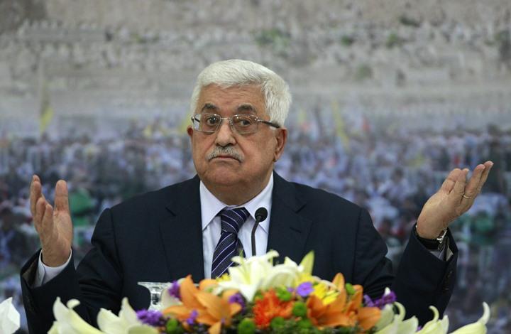 قناة إسرائيلية تكشف خليفة عباس وداعميه وعلاقته بدحلان