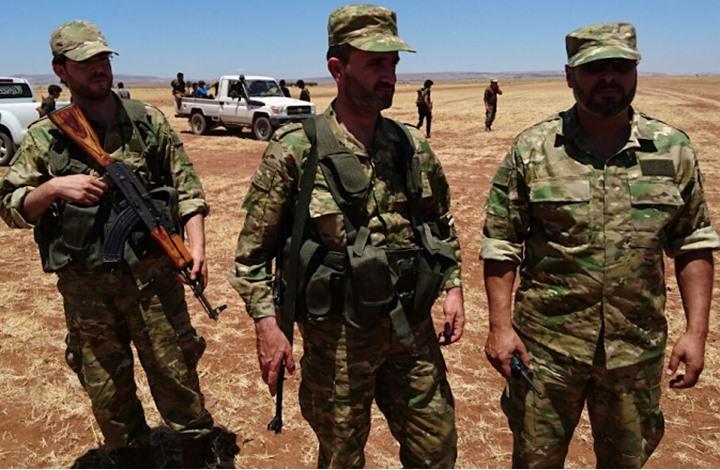 """قيادي بـ""""الحر"""" بإدلب: جاهزون للردّ عسكريا إذا لم يلتزم الأسد"""