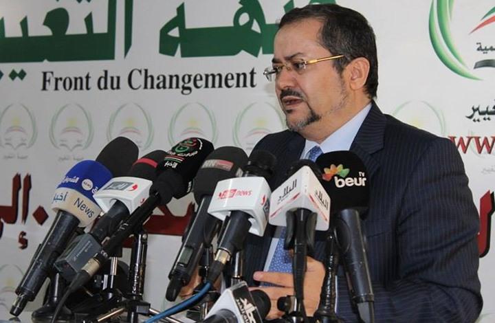 """الرئيس السابق لـ""""حمس"""" يخشى الفراغ الدستوري بالجزائر (مقابلة)"""