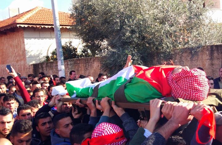 مواجهات مع الاحتلال عقب تشييع جثمان شهيد قلقيلية (شاهد)