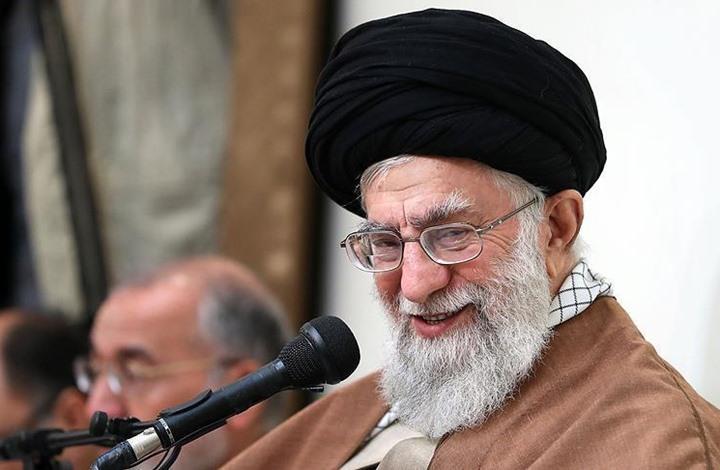 """خامنئي: إيران تواجه حربا اقتصادية.. والاحتجاجات """"مفتعلة"""""""